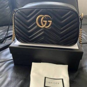 NEW Authentic ⭐⭐GUCCI ⭐⭐GG⭐ Marmont Small Camera Bag